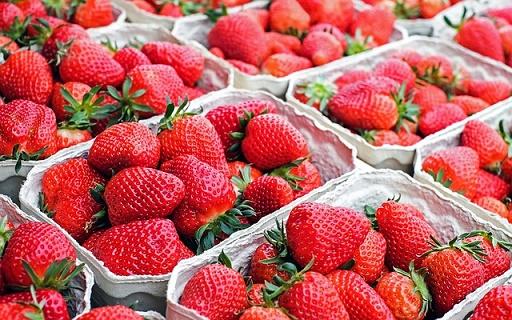 body_strawberries